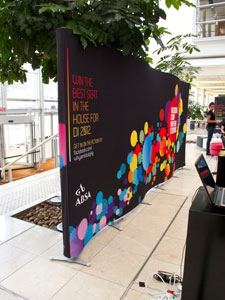 Triga Wave Advertising Wall